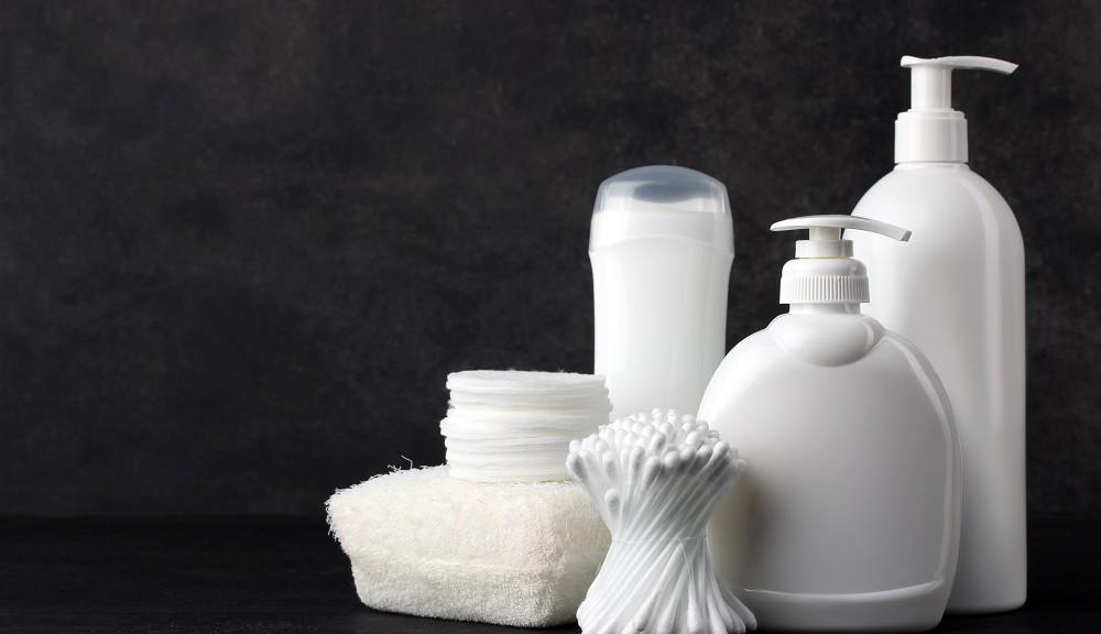 Środki higieniczne obecne w każdej łazience