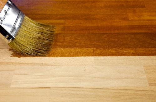 dobry lakier do drewna